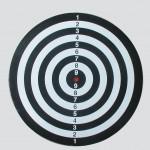 Equinox - Bersaglio  per freccette PEGASUS con armadietto in legno incluse 6 freccette